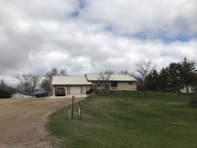 910 W Highway 12, Webster, SD 57274