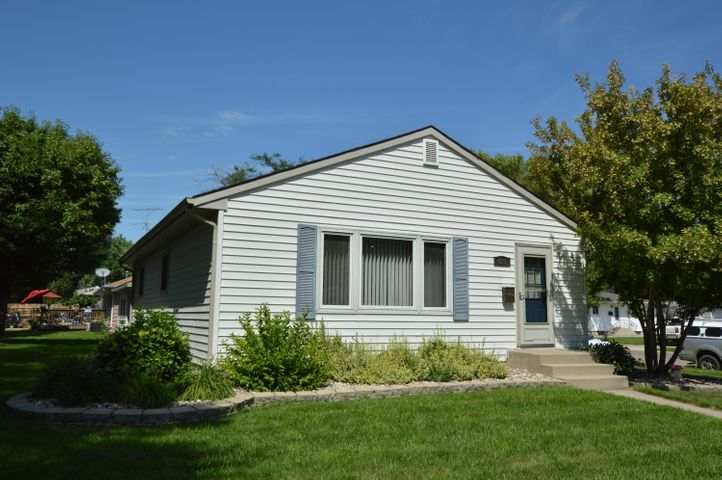 815 SE 17th Avenue, Aberdeen, SD 57401