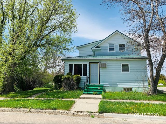 820 11th Street, Eureka, SD 57437