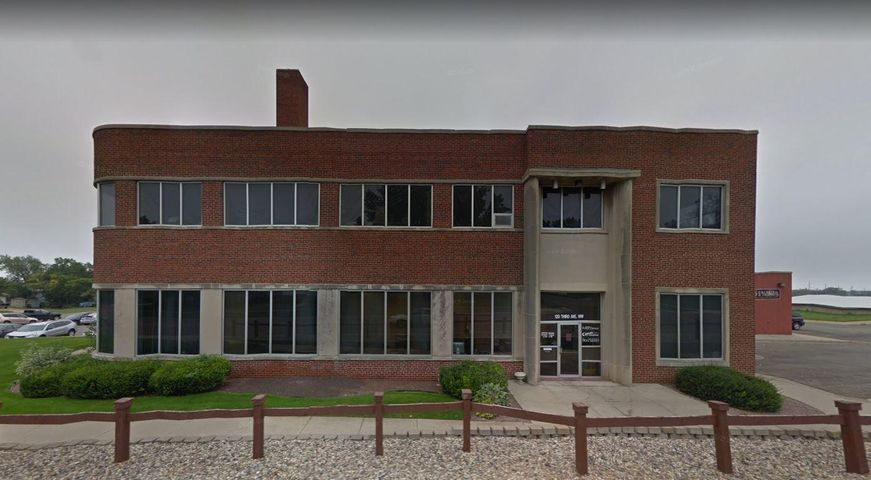 120 NW 3rd Avenue, Watertown, SD 57201