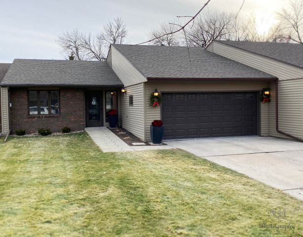 2410 SE 13th Avenue, Aberdeen, SD 57401