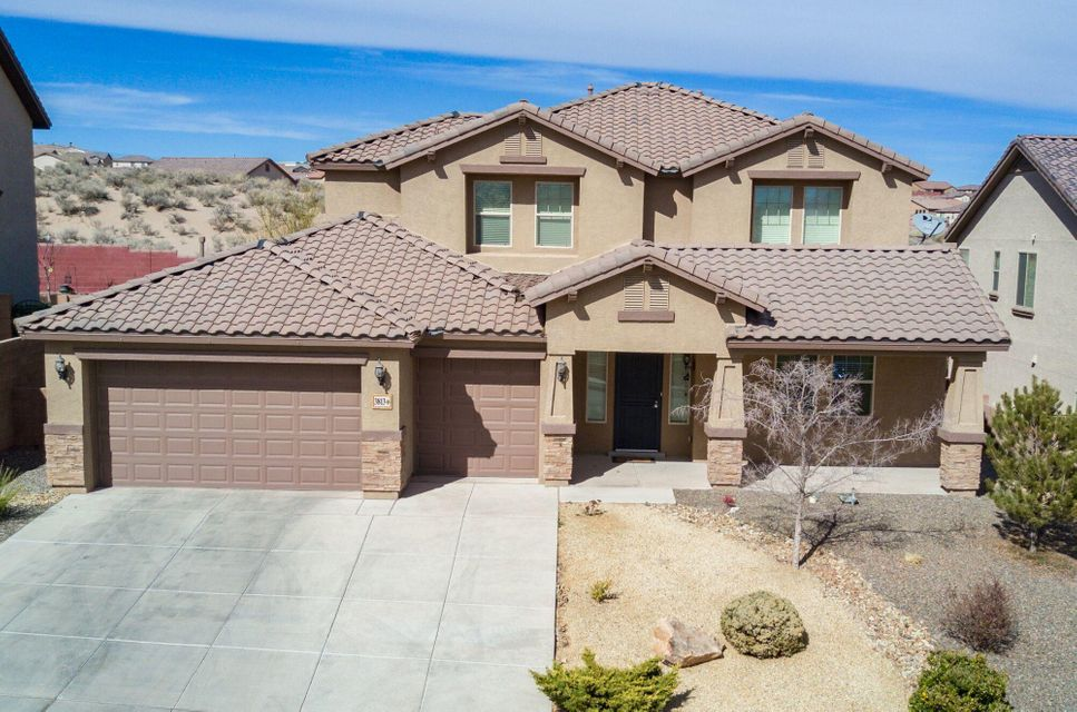Large, beautiful home with large open space.  Very well cared for.  Large open loft.  Large Master Suite on ground floor with dual walk-in closets and exquisite master bath.  Finished 3-car garage.  Balcony with great views.