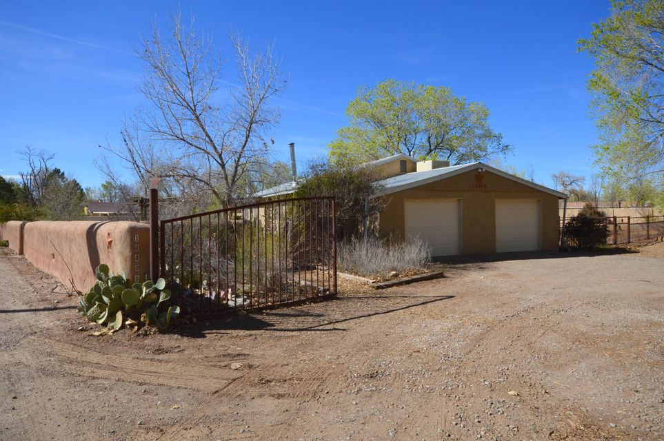 10005 4Th Street, Albuquerque NM 87114