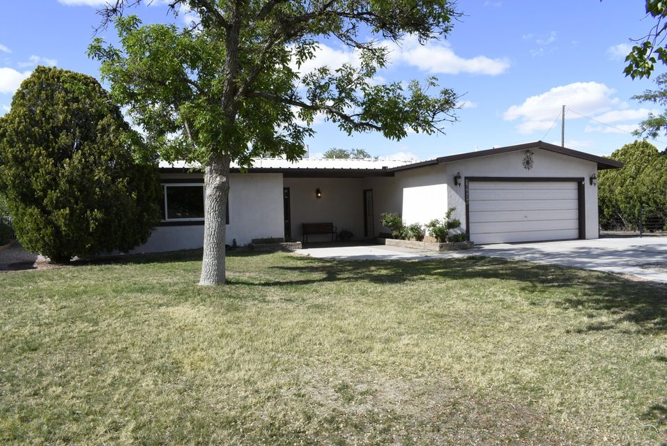10620 Andrea Circle, Corrales NM 87048