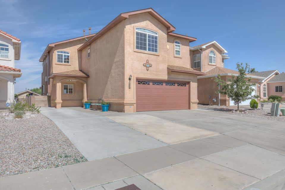 8527 Murrelet Drive, Albuquerque NM 87113