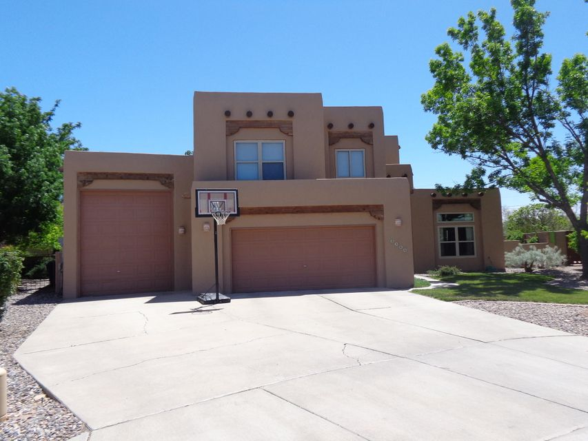 2308 Via Seville Court, Albuquerque NM 87104