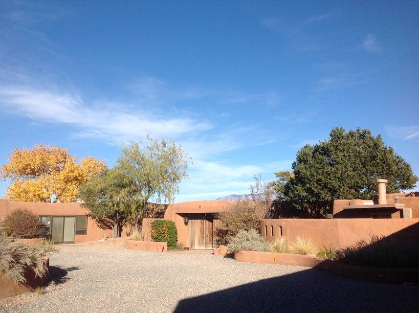 Albuquerque Pueblo built 1972