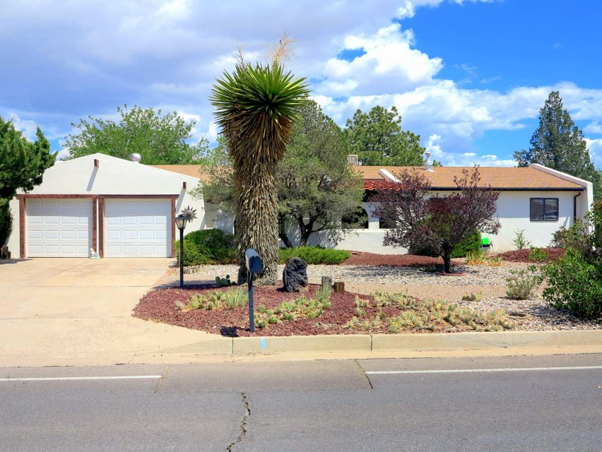 Great single level ranch style home featuring granite countertops, new cabinets, and updated bathrooms! Situated on a large lot with mature landscaping, this Corrales Heights gem will not last long! 120 square foot sunroom not included in the square footage.  Immaculately maintained home ready for a new owner!