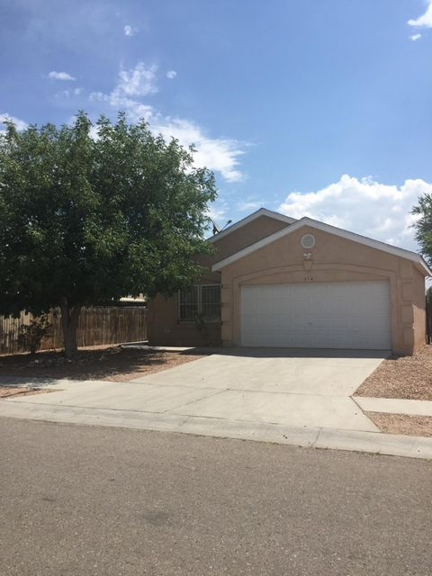 Back on the Market 'Spacious bright and open floor plan with vaulted ceilings. Three good sized bedrooms with walk in closets.Attached 2 car garage.  NO HOA OR PID HERE!  Open kitchen with dining area. Ceiling fans throughout... Big fully fenced yard.  Good condition!