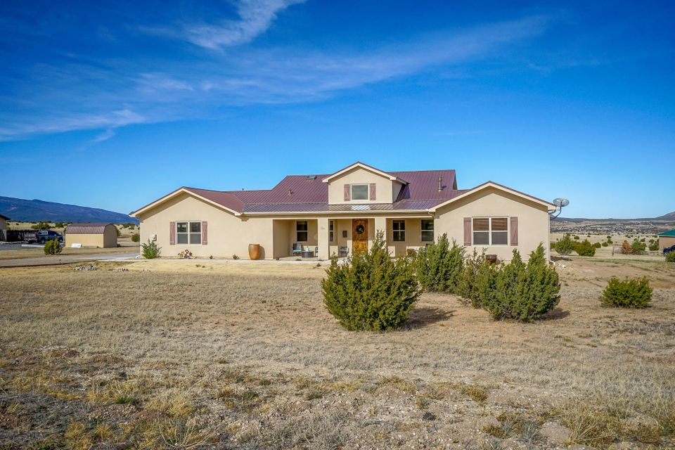 1 Troya Court, Tijeras NM 87059