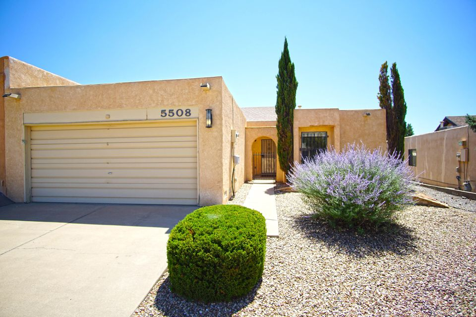 5508 Amistad Road, Albuquerque NM 87111