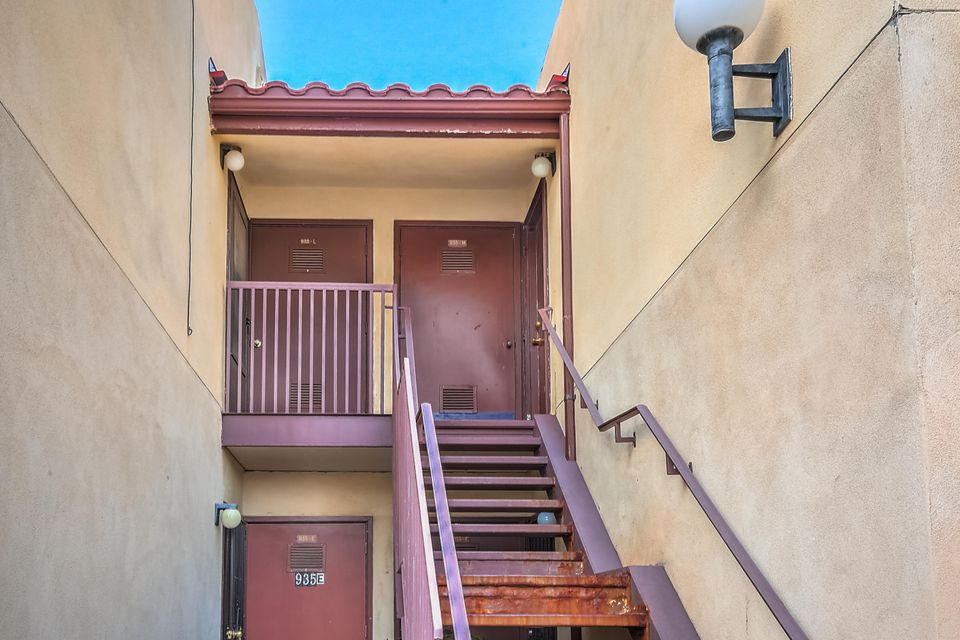 Beautiful 2 bedroom condo just became available for sale in The Fairways in Rio Rancho! Features include:**Spacious Bedrooms**Refrigerated Air Conditioning**2nd story location for extra privacy**All appliances including refrigerator, washer, and dryer**Private balcony**Covered Parking**Community includes lots of green space and an inviting community pool**