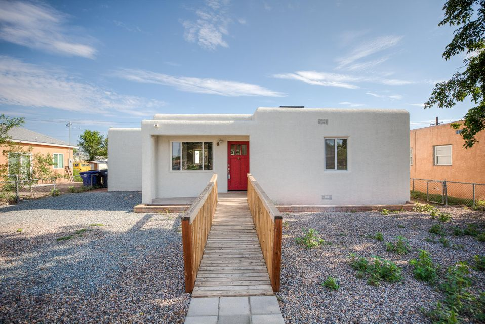 527 Gene Avenue, Albuquerque NM 87107