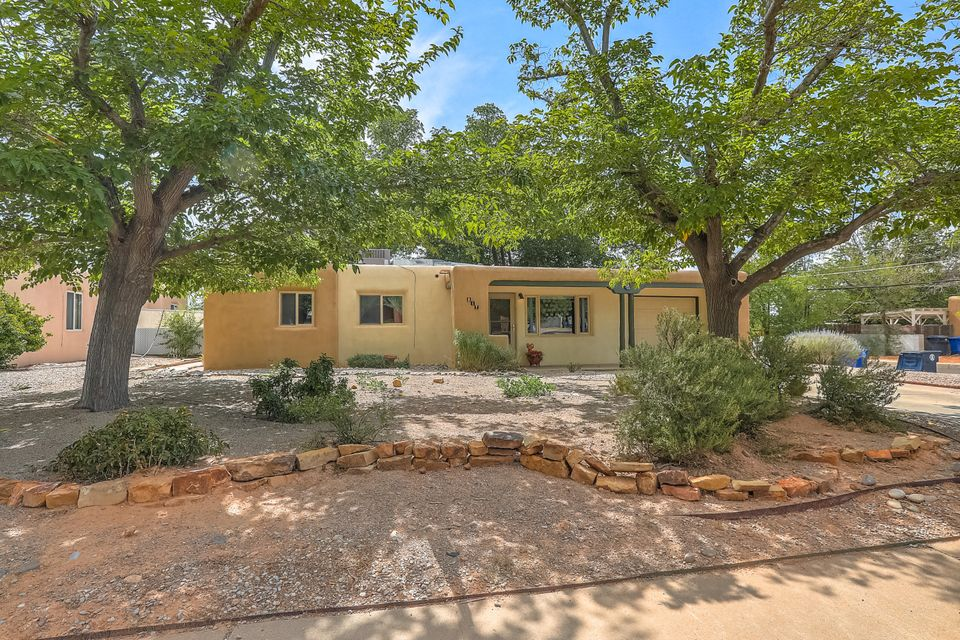 Pueblo Style New Mexico Single Family Homes 737 Zillow