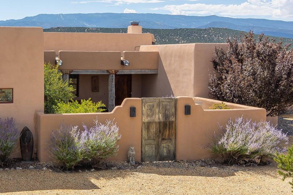 Sandia Park Custom,Pueblo built 2006