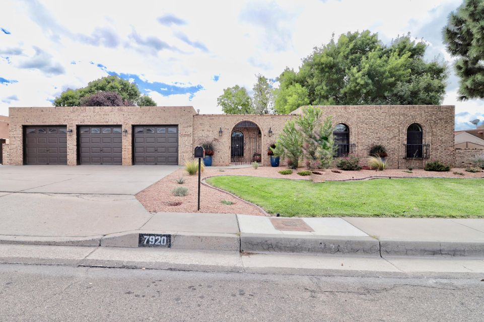 7920 Sartan Way, Albuquerque NM 87109