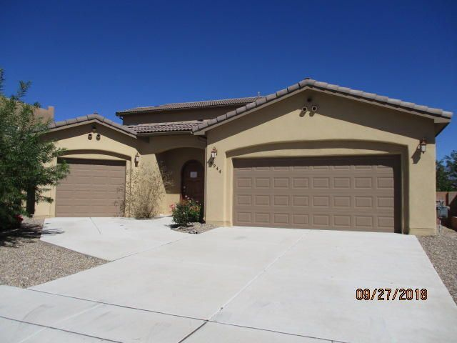 This beautiful custom built home features great views , a downtown master suite with an attached office that can also be used as a 5th bedroom. Refrigerated air,  radiant heat, tankless water heaters and 3 garage spaces. Home offers numerous luxury amenities.Seller does not pay customary closing costs: including title policy, escrow fees, survey or transfer fees. Property sold AS IS, WHERE IS & WITH ALL FAULTS. This property may qualify for Seller Financing (Vendee)