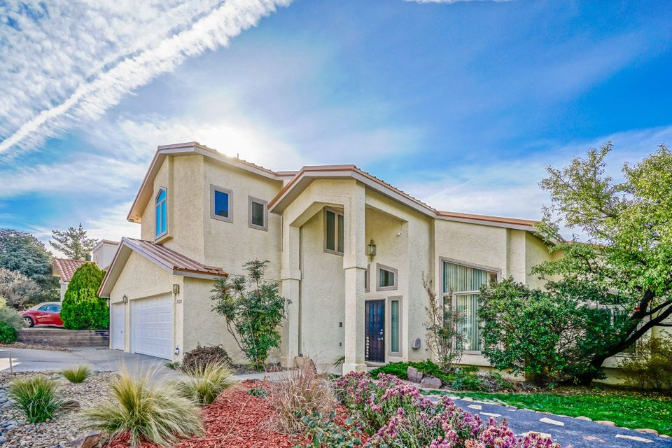 Light-filled 4 BR Family Home nicely updated. Newer Metal Roof- (2018), 2 Newer Evap Coolers, Newer Furnace(2012) Newer Low-E  Window.s. 3 Car Garage w/Openers & Work Bench. KITCHEN: Gas Cook Top, Updated Counters & Cabinets-4'x7'-Walk-in Pantry , Desk Area. Trash Compactor ,Convection Double Oven,Breakfast Nook (9x14) opens to Kit, & Back Yard. Great Rm wi/FP w/Log Lighter & Refrig & Storage.Formal DR (10x14, Formal LR (17x21) Skylights & Ceiling Fans Galore thruout . 1 BR Down w/3/4 Bath-Main Master Up (23x12) w/Deck(29x5)  w/Views plus Sitting Area.Second Master 11x12 ww/Private Full Bath & Walk-in Closet. Third BR has Private 3/4 Bath. All Baths have been Updated.  BY w/Pool w/ith Newer Vinyl  Auto Cover. Grass Area, Addl Patio Area & Storage.  BY Access,On a Cul de Sac.
