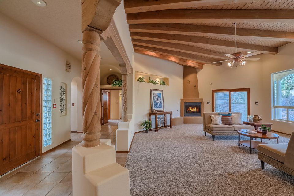 8246 Raintree Drive NE Albuquerque Home Listings - RE/MAX Elite Albuquerque Real Estate