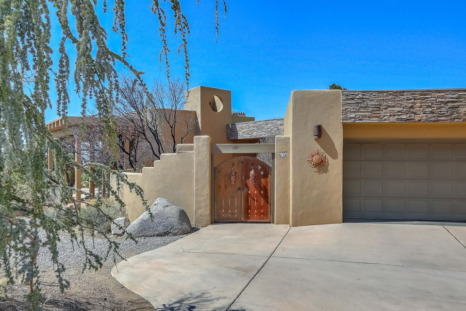 678 Black Hawk Drive NE Albuquerque Home Listings - RE/MAX Elite Albuquerque Real Estate