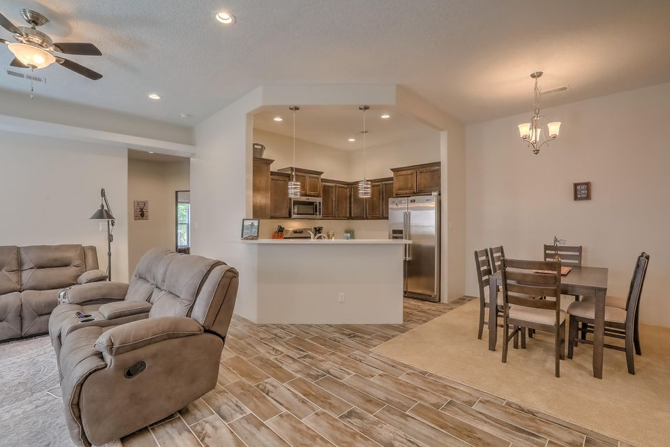 331 Coronado Lane NE Albuquerque Home Listings - RE/MAX Elite Albuquerque Real Estate