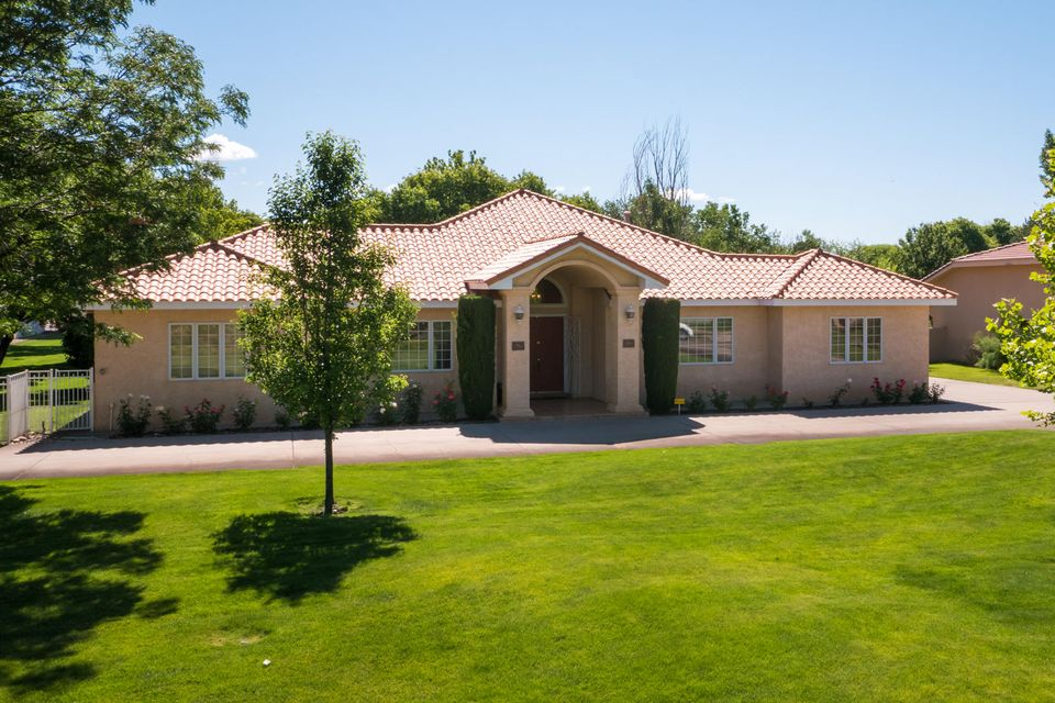 8320 Calle Petirrojo NW Albuquerque Home Listings - Sandi Pressley Real Estate