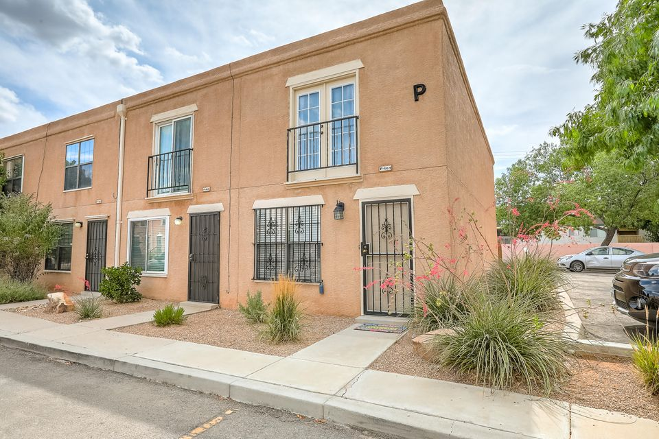 3301 Monroe Street NE Albuquerque Home Listings - RE/MAX Elite Albuquerque Real Estate
