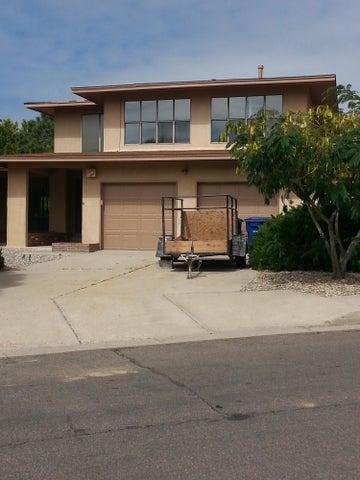 1401 Michael Hughes NE, Albuquerque, NM 87112