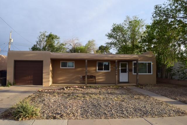 5812 Arvilla Avenue NE, Albuquerque, NM 87110