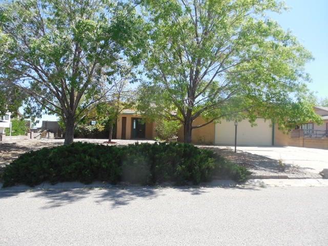 1608 Blue Quail Court, Rio Rancho, NM 87144