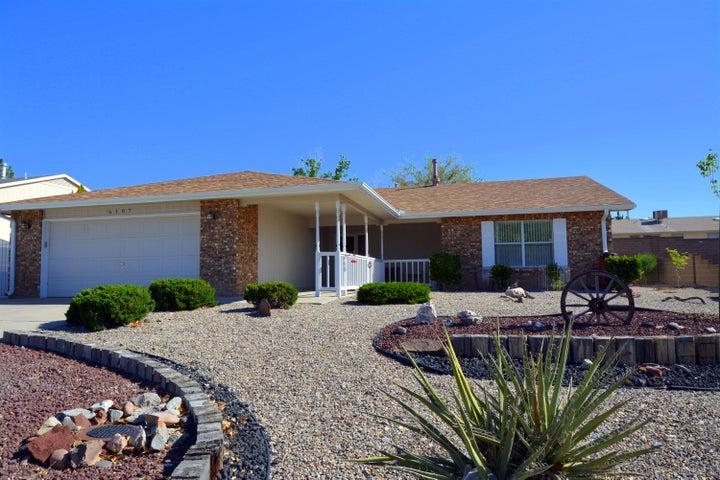 6107 Cottontail Road NE, Rio Rancho, NM 87144