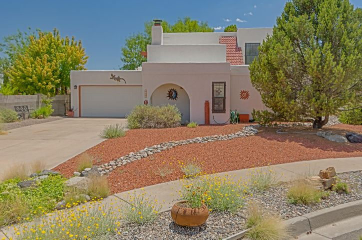 7909 Independence Drive NW, Albuquerque, NM 87120