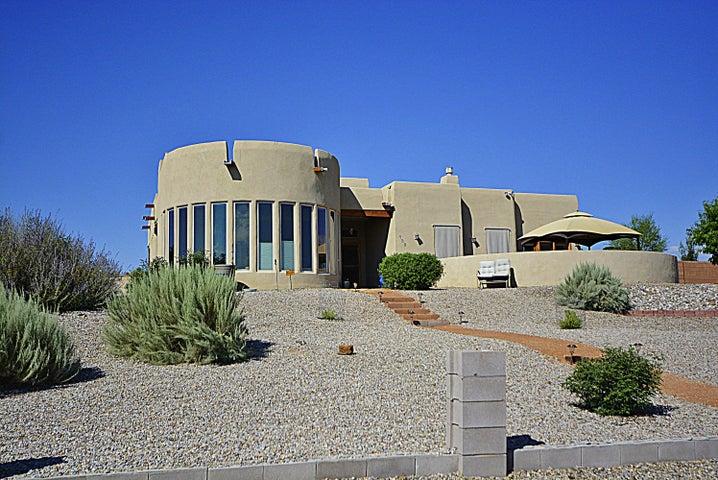 133 Fleet Road NE, Rio Rancho, NM 87124