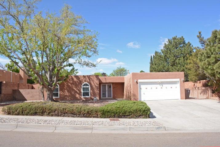 6437 Concordia Road NE, Albuquerque, NM 87111