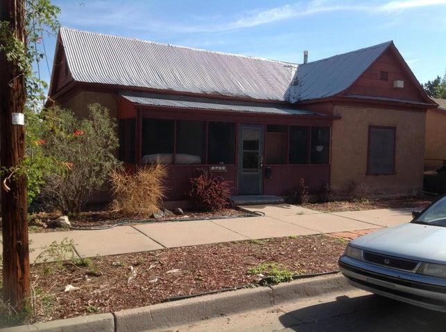 1103 Granite Avenue NW, Albuquerque, NM 87102
