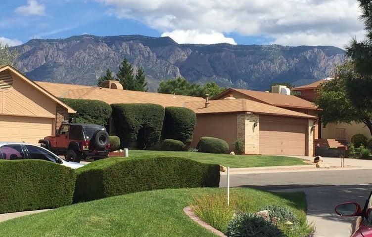 5523 Vista Sandia NE, Albuquerque, NM 87111