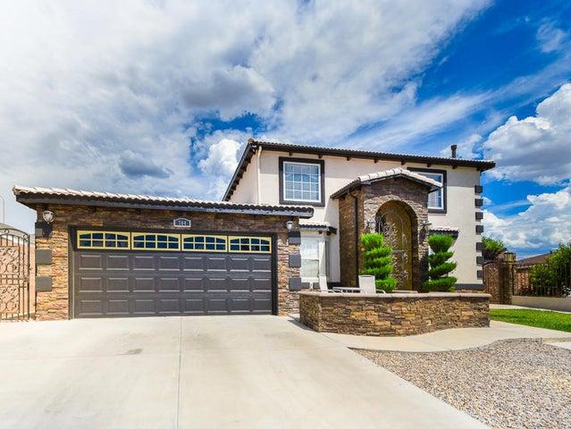 704 Gretta Court NE, Albuquerque, NM 87123