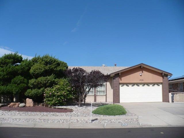 1713 Monte Largo NE, Albuquerque, NM 87112