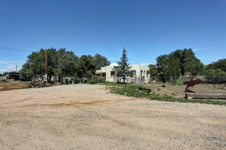 1388 Nelson Loop, Santa Fe, NM 87507