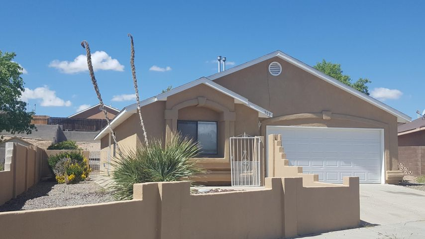 509 Oriole Court SW, Albuquerque, NM 87121