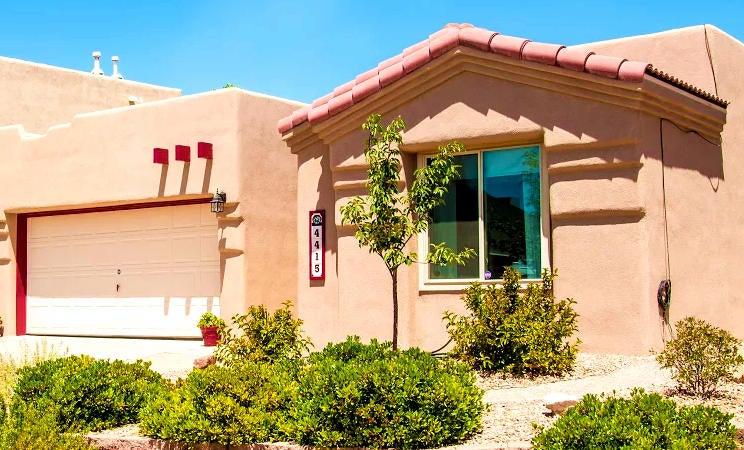 4415 Glencroft Avenue NW, Albuquerque, NM 87114