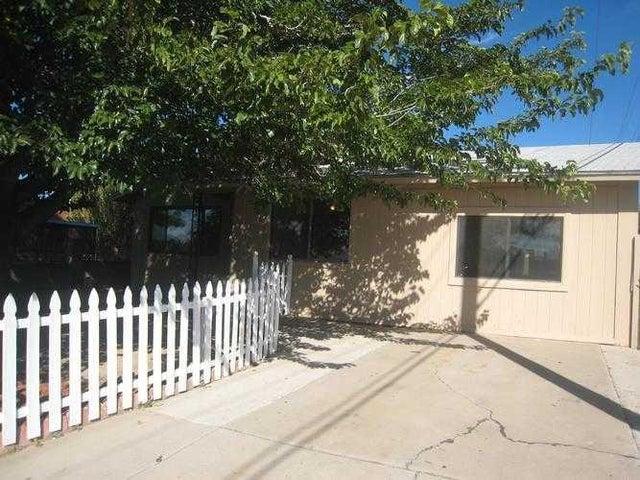 220 Shirley Street NE, Albuquerque, NM 87123