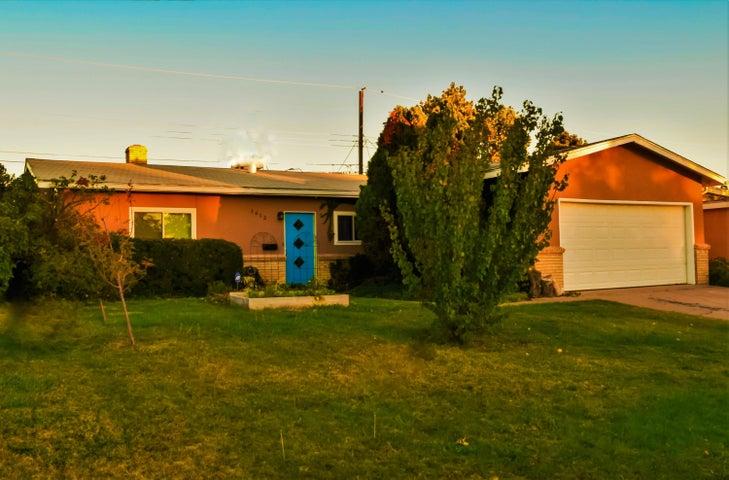 Mid Century Atomic Ranch in Albuquerque's NE Heights!