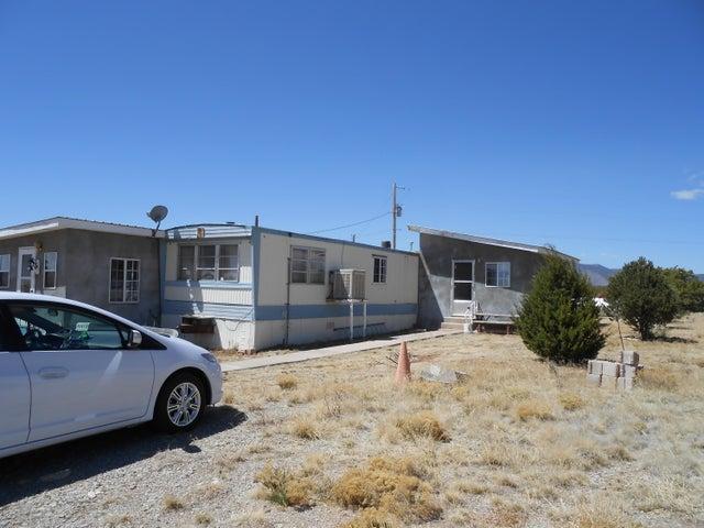 30 La Mesita Circle, Torreon, NM 87061