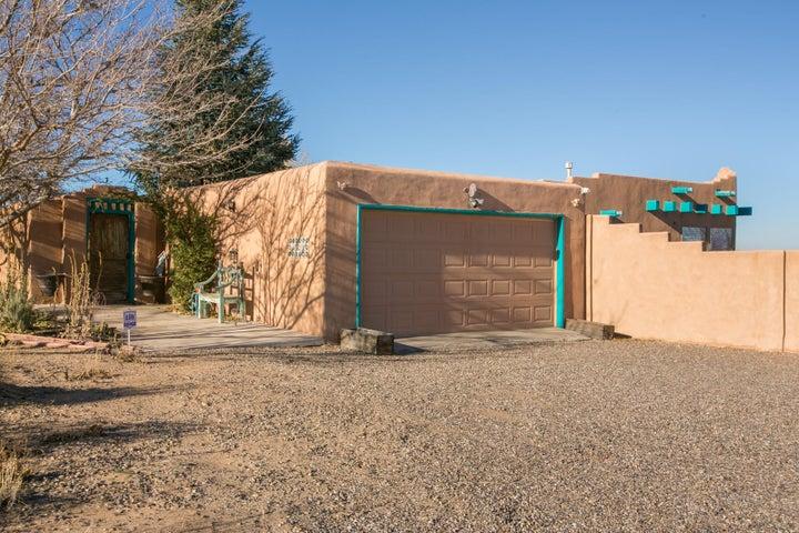 3605 Gun Club SW, Albuquerque, NM 87121