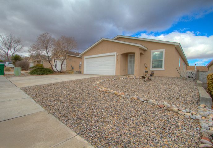 3941 Rancher Loop NE, Rio Rancho, NM 87144
