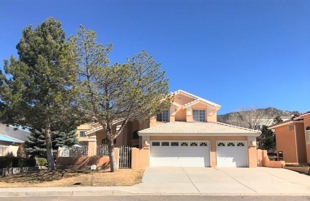 1506 Wells Drive NE, Albuquerque, NM 87112
