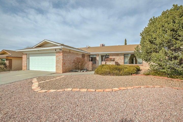 9607 Lona Lane NE, Albuquerque, NM 87111