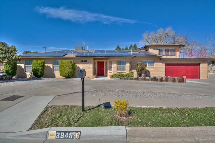 3849 Riverview Road NW, Albuquerque, NM 87105