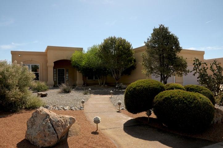 2029 Clearwater Loop NE, Rio Rancho, NM 87144